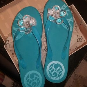 BCB GENERATION BIG Frannie Wedge Slippers Sz 9 NEW